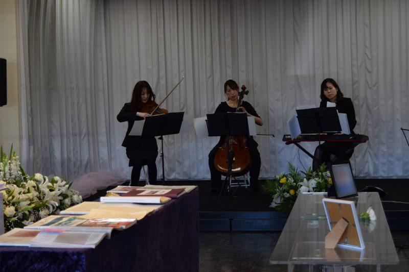 オペラの曲を中心とした音楽葬