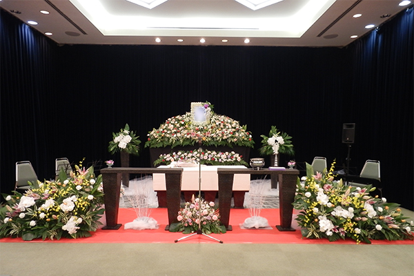 生演奏による「大型葬儀」